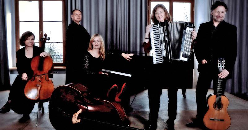 Tango Fuego Negro:  Ensemble Contrabajando – Hommage à Piazzolla